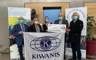 Le KIWANIS CLUB d'Auxerre fait un don de 3500 € à l'IME DES ISLES